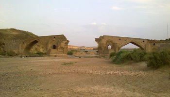 آثار تاریخی میانه