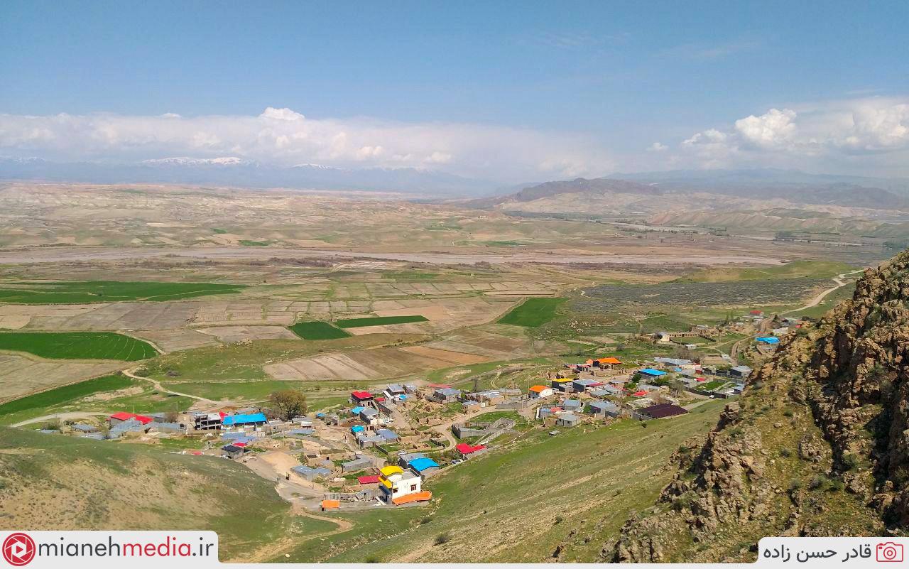 روستای بیرون (بورون)