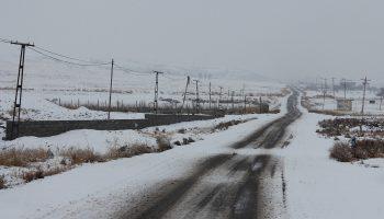 جاده برفی میانه