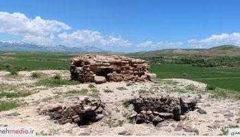 تپه قبرستان روستای زاویه