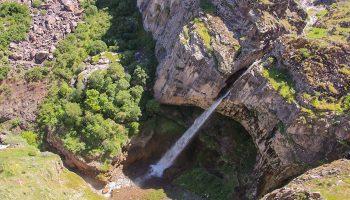آبشار دیز منطقه کاغذکنان